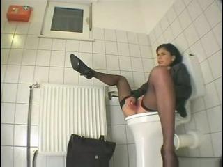 Частное Порно Видео В Пляжных Туалетах
