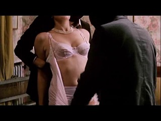 Видео Порно Изнасиловал На Глазах У