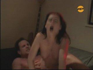 абсолютно Ретро отец трахает дочь чертяга!!! думаю, что допускаете