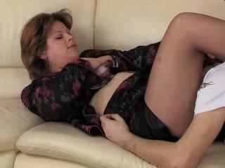 порно видео мама в чулках
